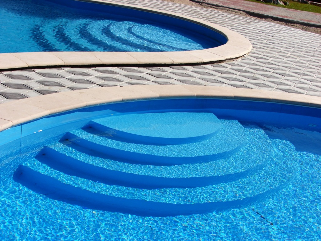 Способ сохранить ваш бассейн чистым